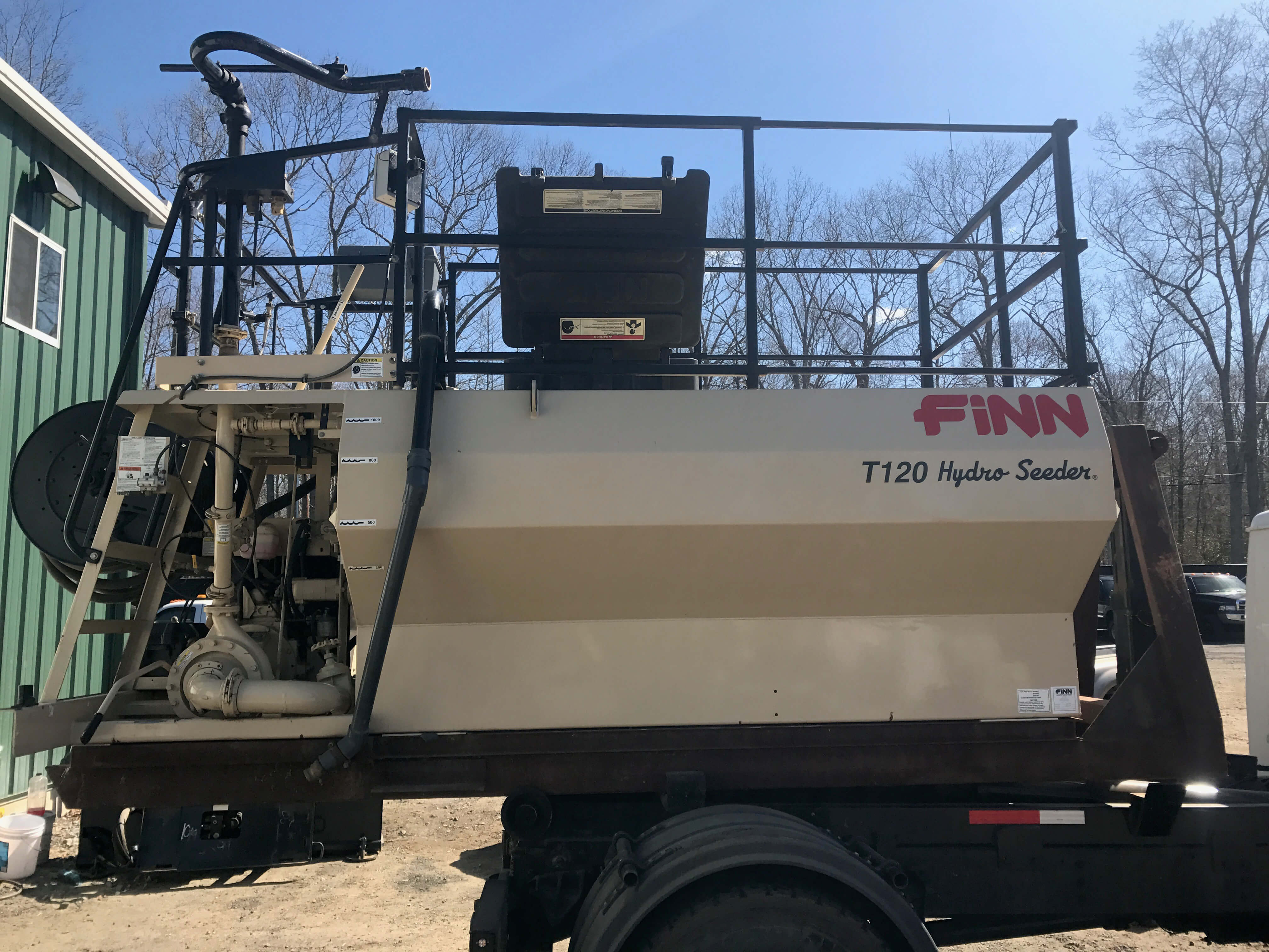 2444_2441-14f0fcb7-e596-4615-959d-293495892fbf Consignment HydroSeeders & Straw Blowers
